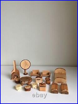 Alder wooden dollhouse with furniture. Waldorf Dollhouse. Scale 124