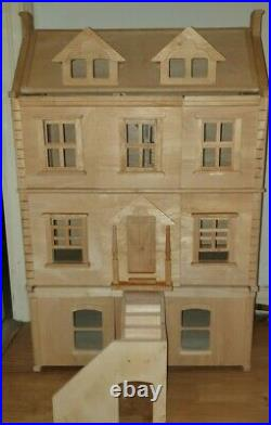 Beautiful Plan toys Wooden Victorian Dolls House With Accessories