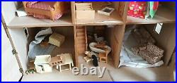 The Exmouth Wooden Dolls House With Furniture