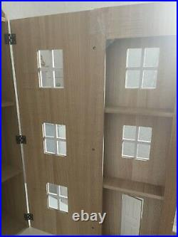 Victorian Styled Blue Wooden Dolls House 9 Rooms collectable Piece With Dolls