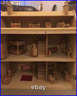 Wooden Dolls House (Including House & Furniture) Suitable for ages 8-10 Years